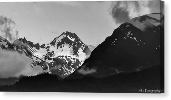 Alaskan Mountain Range Canvas Print
