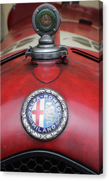 Alfa Romeo 8c 2600 Muletto Canvas Print