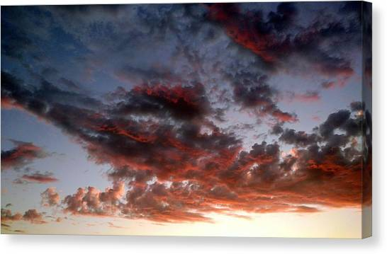 Spectacular Clouds  Canvas Print
