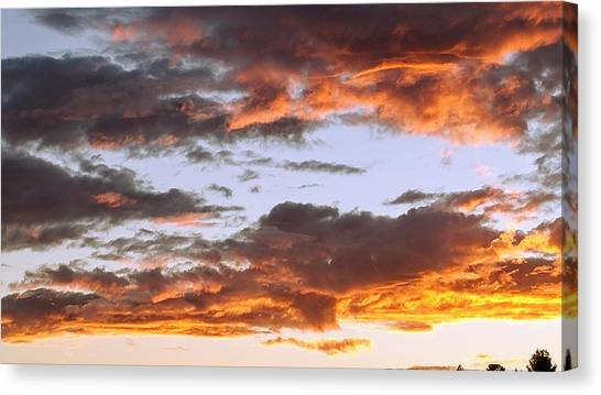 Glorious Clouds At Sunset Canvas Print