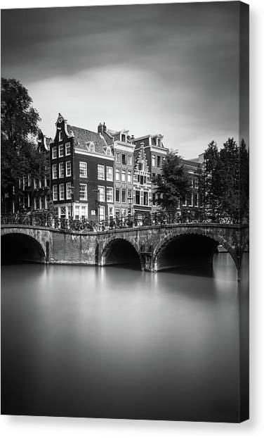 Holland Canvas Print - Amsterdam, Leliegracht by Ivo Kerssemakers