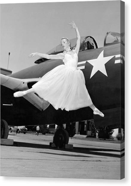 United States Army Air Corps Canvas Print - An American Ballerina by Underwood Archives