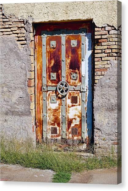 An Old Rusty Door In Katakolon Greece Canvas Print