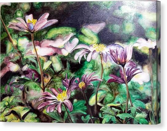 Anemones Japonaises Canvas Print by Muriel Dolemieux