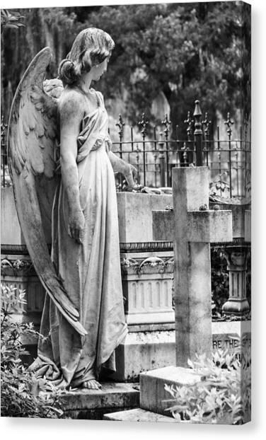 Angel With Cross Of Bonaventure Cemetery Canvas Print