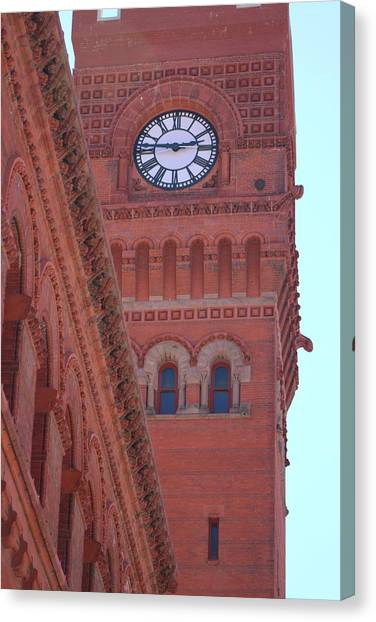 Angled View Of Clocktower At Dearborn Station Chicago Canvas Print