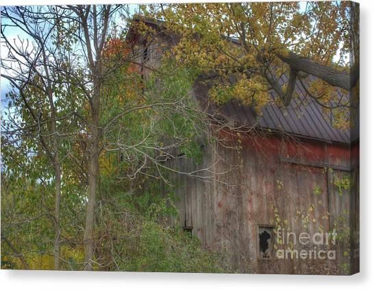 0001 - Annie's Barn I Canvas Print
