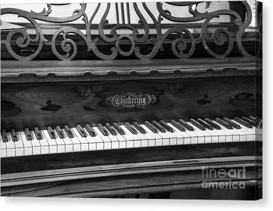 Antique Piano Black And White Canvas Print