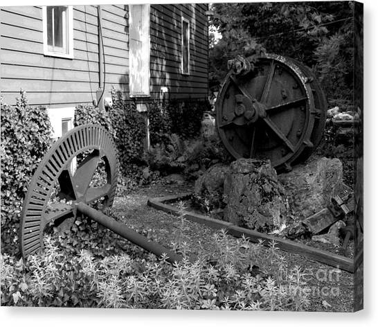 Antiques At Red Mill - Black And White Canvas Print by Jacqueline M Lewis