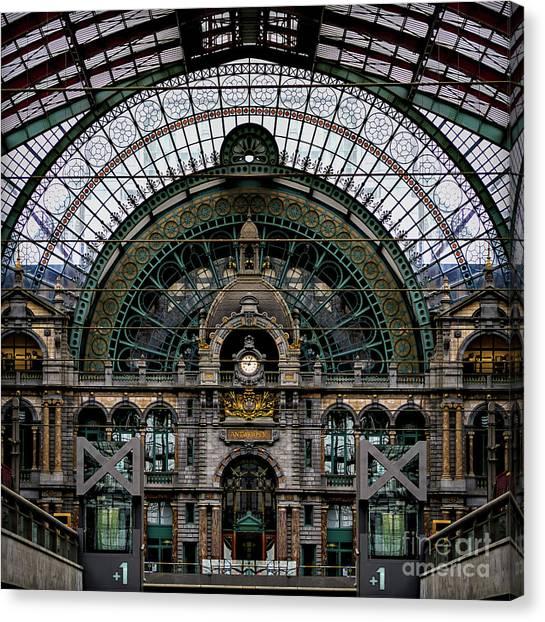 Antwerp Train Terminal Canvas Print