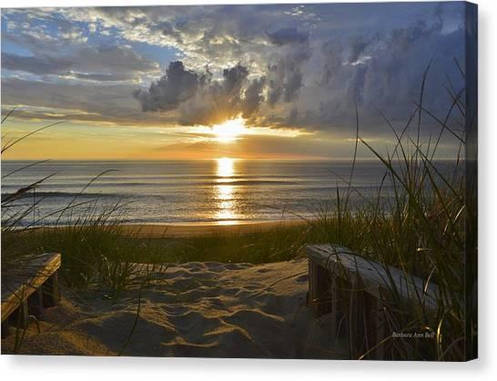 April Sunrise In Nags Head Canvas Print