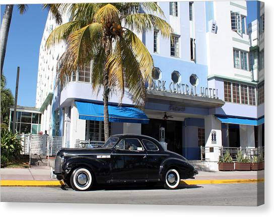 Art Deco Canvas Print - Art Deco @ Miami Beach by Gerry Schneider
