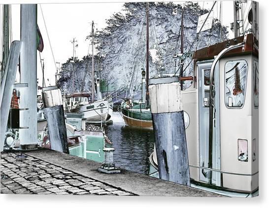 Canvas Print featuring the photograph Art Print Boat 2 by Harry Gruenert