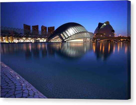 Arts And Science Museum Valencia Canvas Print