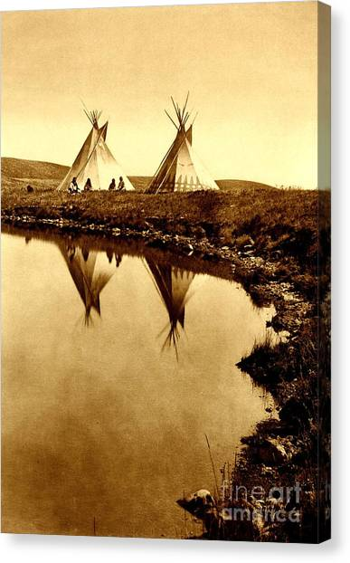 At The Waters Edge 1910 Canvas Print
