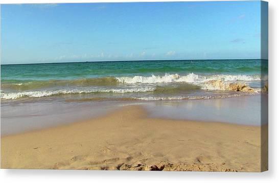 Atardecer Playa El Ultimo Trolly Tranvia Canvas Print