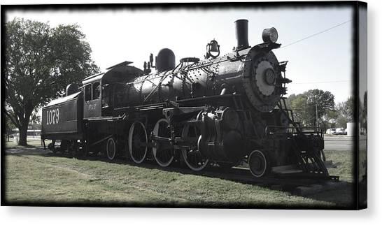 Atsf 2-6-2 Locomotive 1079 Diminished Canvas Print