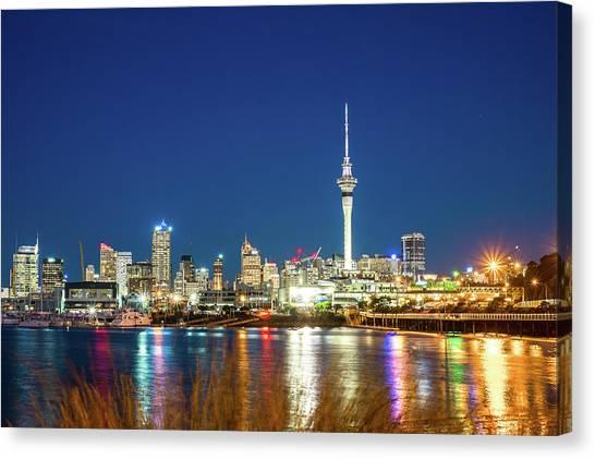 Auckland At Dusk Canvas Print