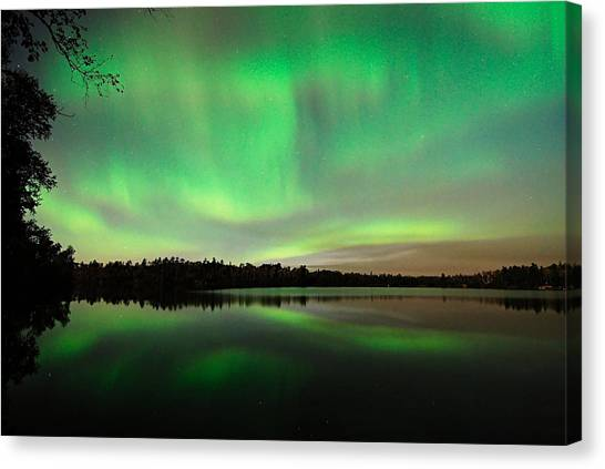 Aurora Over Tofte Lake Canvas Print