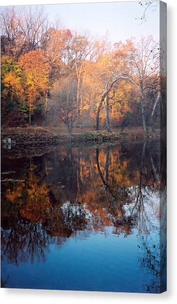 Autumn Banks Of The Brandywine Canvas Print