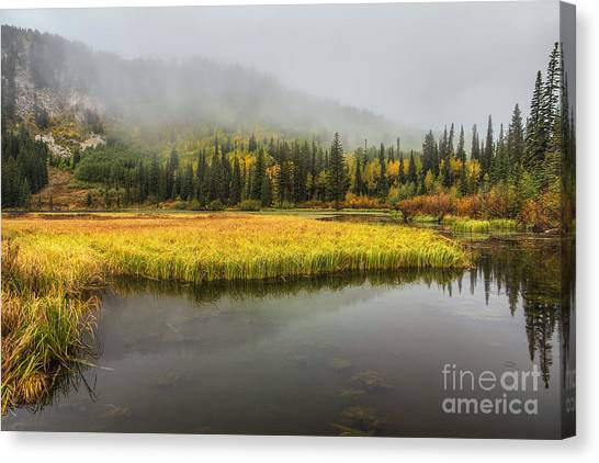 Autumn Begins At Silver Lake Canvas Print