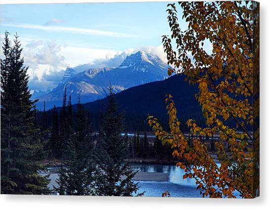 Autumn In The Mountains Canvas Print
