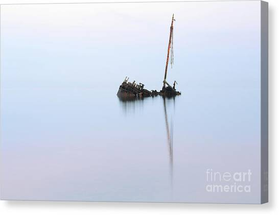 Ayrshire Shipwreck In Sunrise Ref3342 Canvas Print