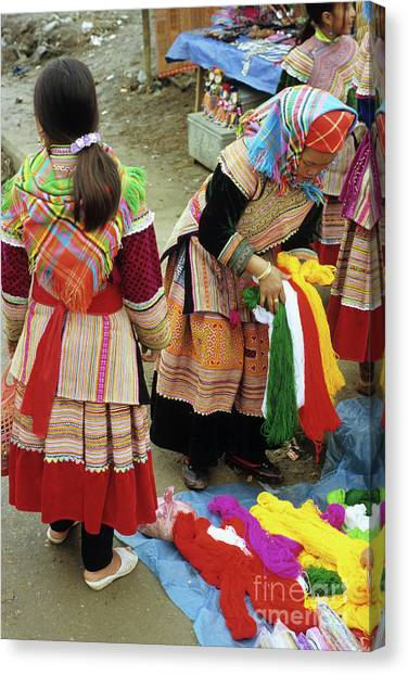 Canvas Print - Flower Hmong Wool Stall 03 by Rick Piper Photography