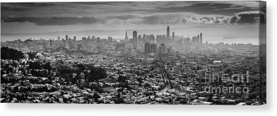 Back And White View Of Downtown San Francisco In A Foggy Day Canvas Print