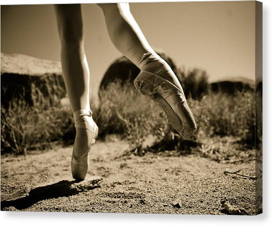 Ballet Pointe Canvas Print