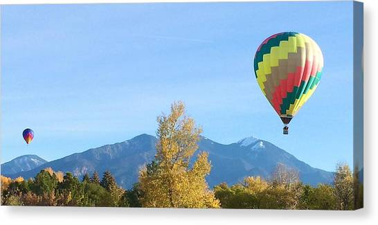 Ballons At Taos Mountain Canvas Print