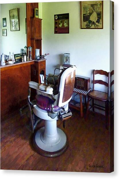 Barber - Old-fashioned Barber Chair Canvas Print
