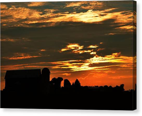 Barn And Silo At Sunset Canvas Print