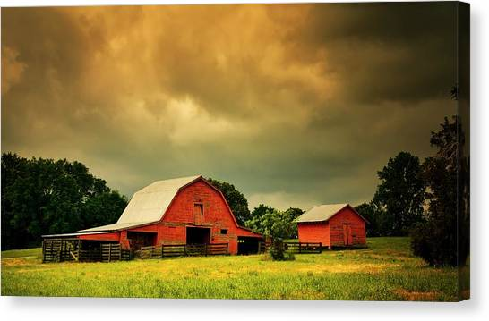 Barn In The Usa, South Carolina Canvas Print