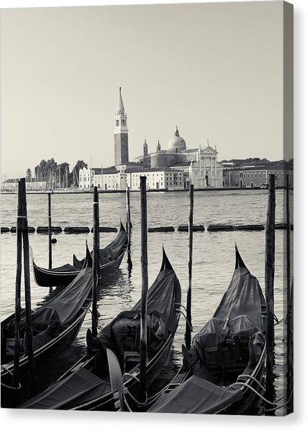 Basilica San Giorgio Maggiore And Gondolas Canvas Print
