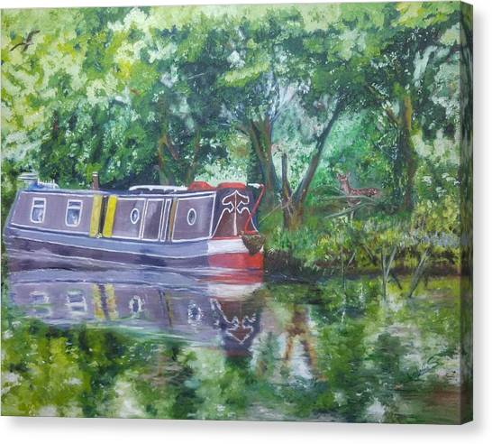 Bateau Sur Riviere Canvas Print