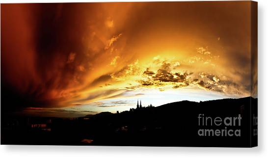 Bathing In The Light Of The Heavens Canvas Print