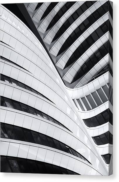Holland Canvas Print - Battle Of The Curves by Jeroen Van De Wiel