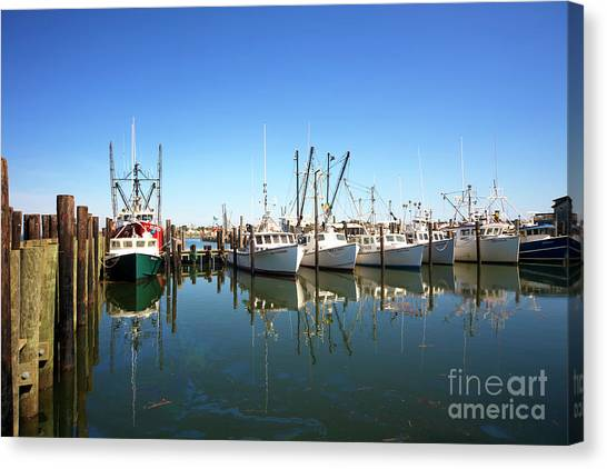 Bay Parking At Long Beach Island Canvas Print by John Rizzuto