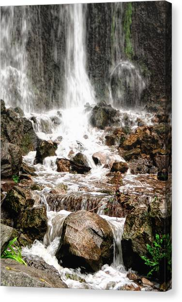 Canvas Print featuring the photograph Bayfront Park Waterfall by Lars Lentz