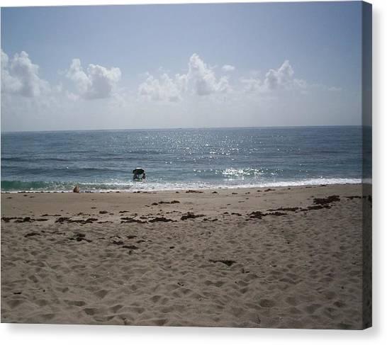 Beach Bobbiong Canvas Print by Karen Thompson