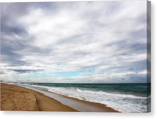 Beach Horizon - Surfer's Paradise Canvas Print