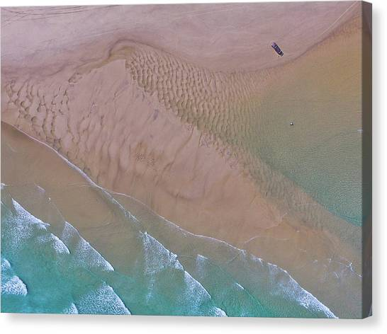 Beach Patterns At North Point On Moreton Island Canvas Print