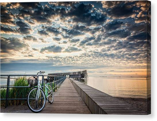 Canvas Print featuring the photograph Beach Sunrise II by Stefan Nielsen