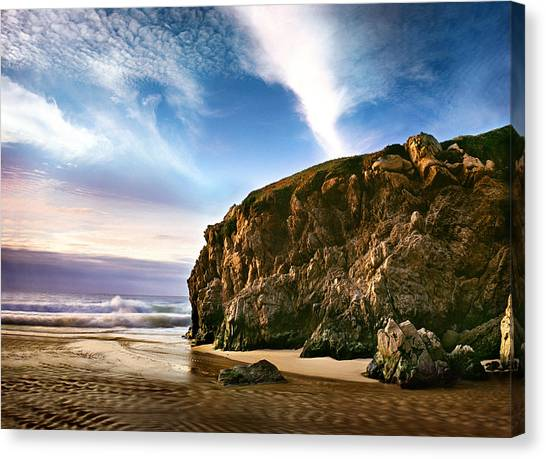 Beautiful Cove Canvas Print by Edward Mendes
