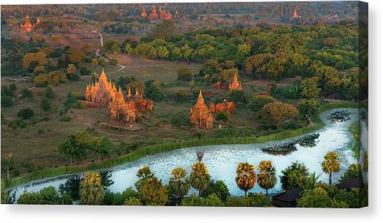 Canvas Print featuring the photograph Beautiful Sunrise In Bagan by Pradeep Raja Prints