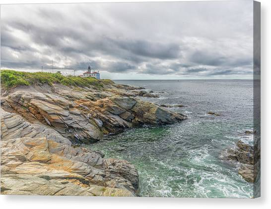 Beavertail Lighthouse On Narragansett Bay Canvas Print