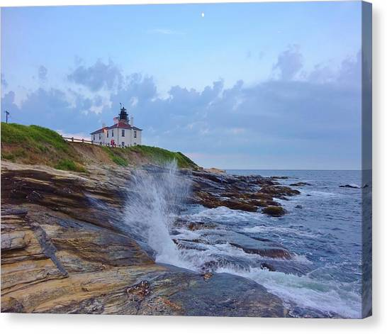 Canvas Print - Beavertrail Lighthouse At Dusk by Red Cross