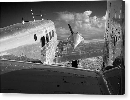 Beech Model 18 1959 Canvas Print by Maxwell Amaro