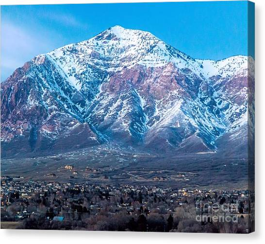 Ben Lomond At Dusk Canvas Print